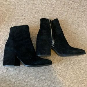 Wishbone Vulcano suede ankle boots